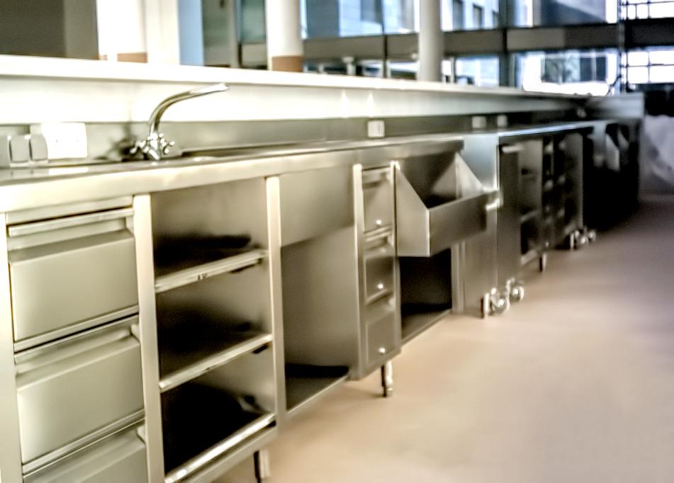 fotos-proyectos-obras-aceroinnova-cocinas-hosteleria-restauracion-instalaciones-montaje-restaurante2