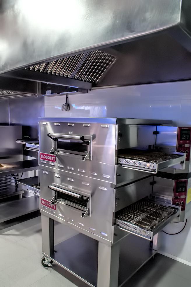 fotos-proyectos-obras-aceroinnova-cocinas-hosteleria-restauracion-instalaciones-montaje6