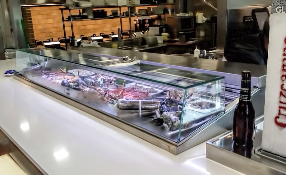 fotos-buffet-proyectos-obras-aceroinnova-cocinas-hosteleria-restauracion-instalaciones-montaje-7
