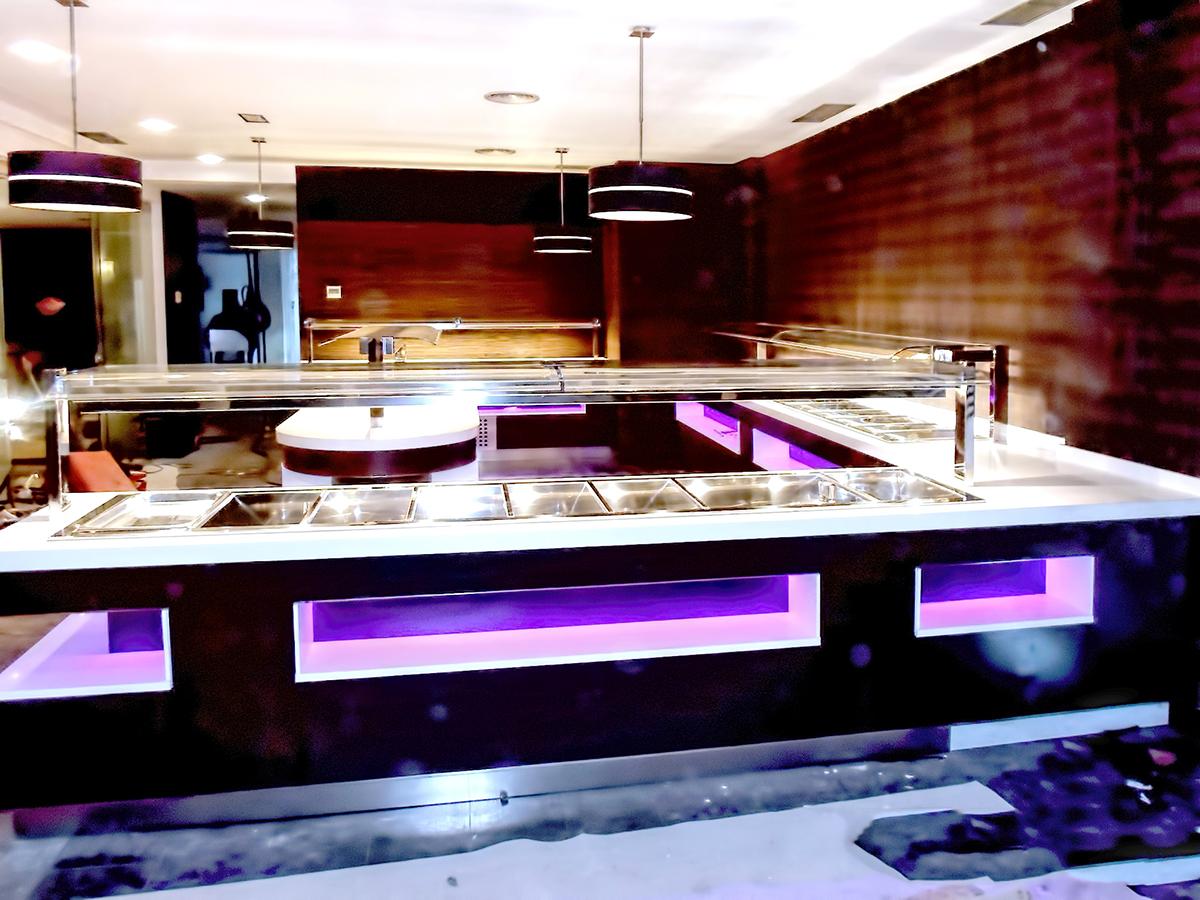 fotos-buffet-proyectos-obras-aceroinnova-cocinas-hosteleria-restauracion-instalaciones-montaje17