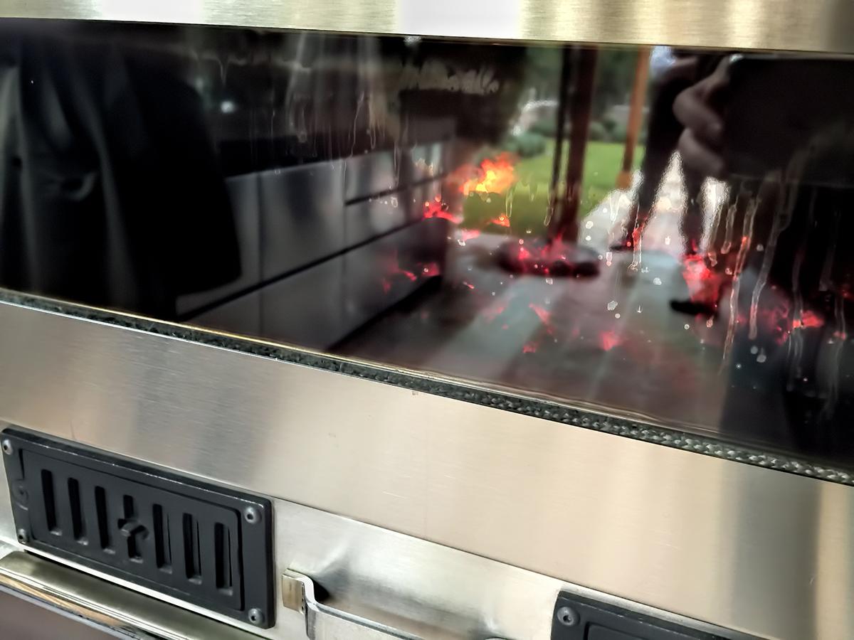 fotos-hornos-pizza-proyectos-obras-aceroinnova-cocinas-hosteleria-restauracion-instalaciones-montaje4