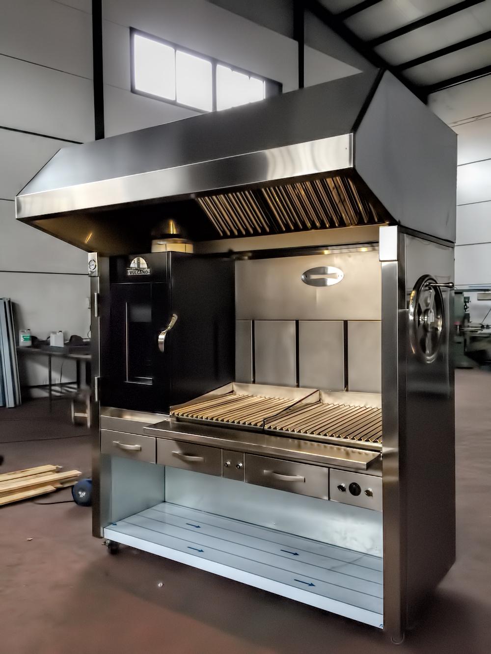 fotos-parrilla-barbacoa-proyectos-obras-aceroinnova-cocinas-hosteleria-restauracion-instalaciones-montaje-3