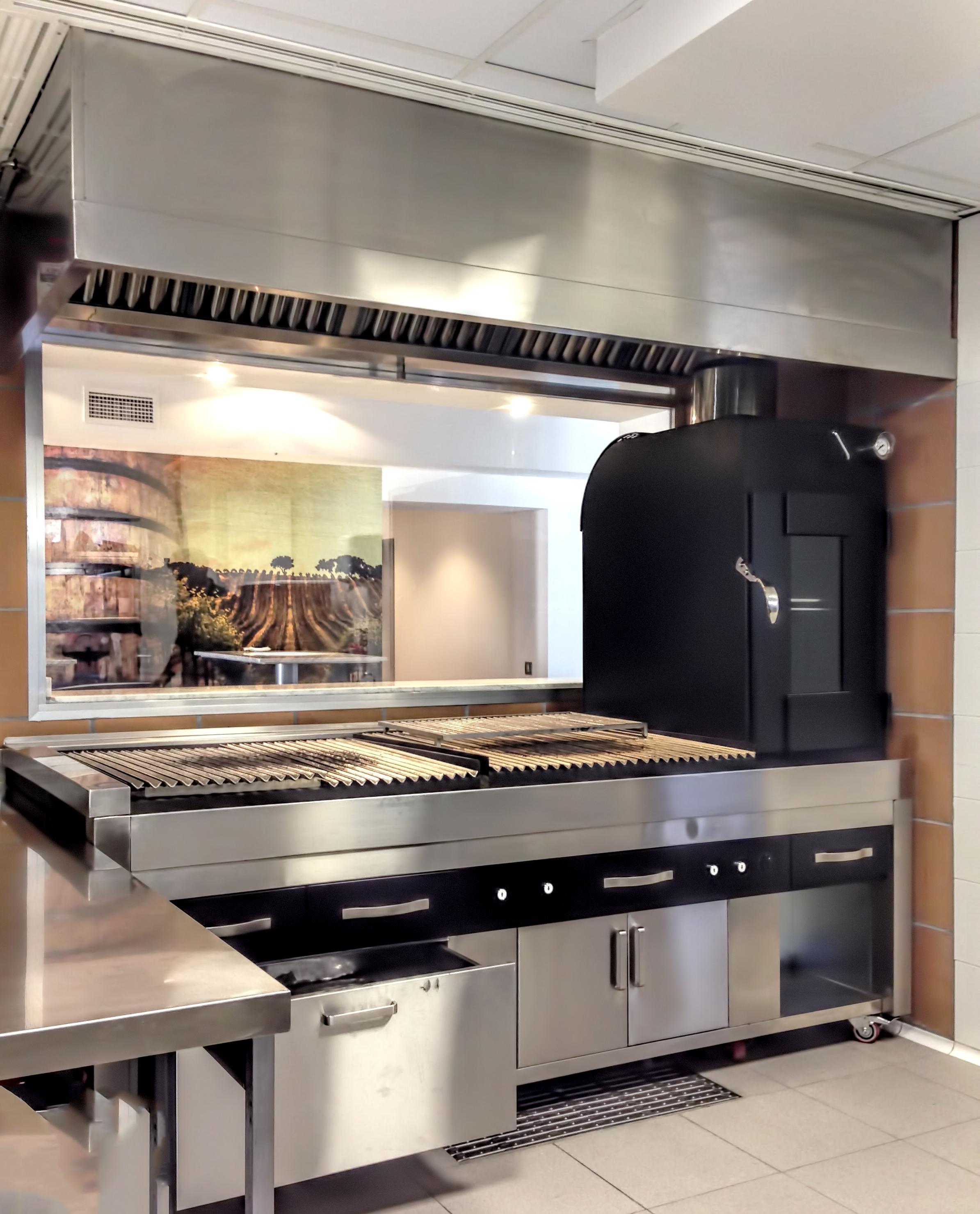 fotos-parrillas-proyectos-obras-aceroinnova-cocinas-hosteleria-restauracion-instalaciones-montaje17
