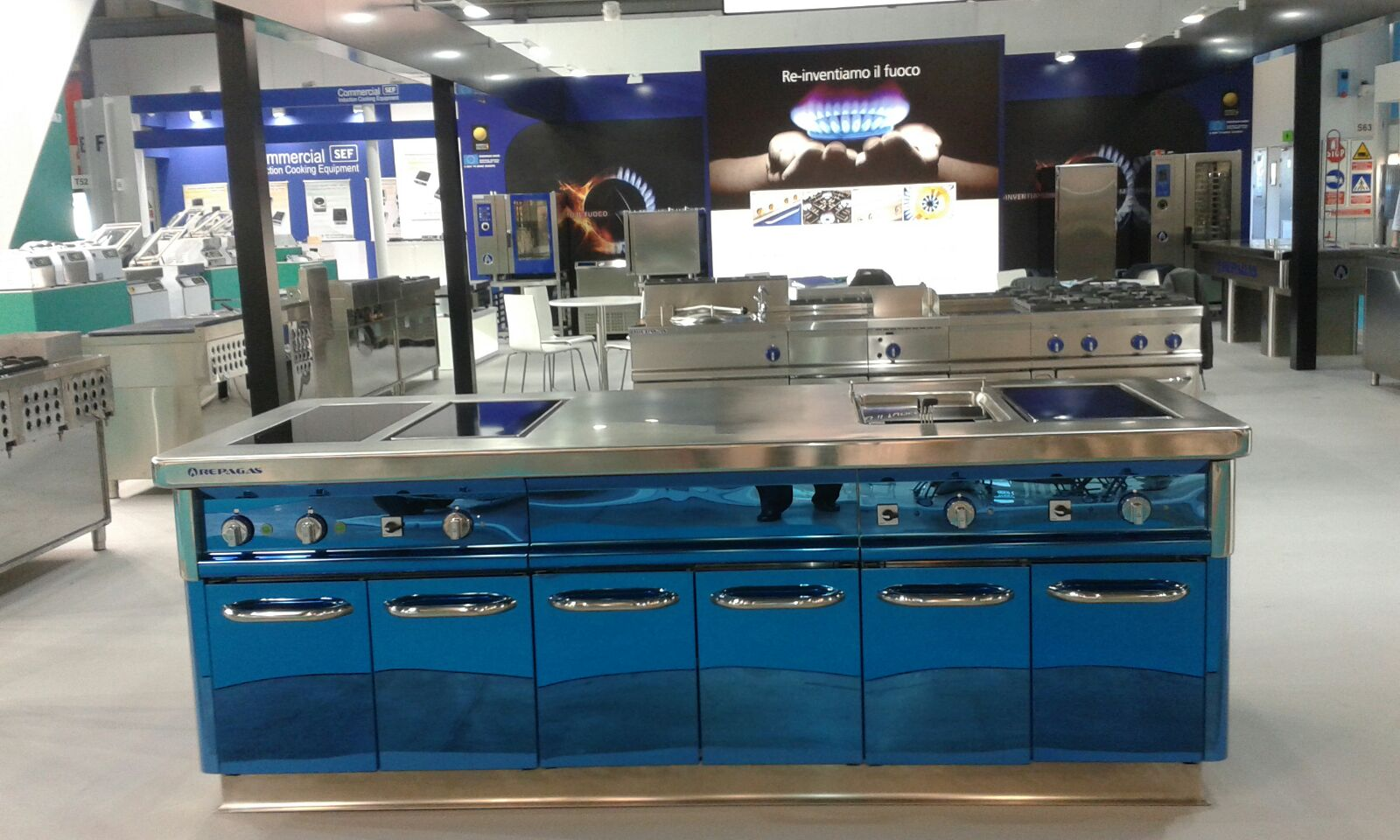Fabricantes de cocinas en madrid schmidt cocinas empresa for Fabricas de muebles en madrid