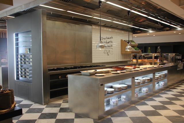 Decoracion comedor buffet cocina maquinaria mobiliario for Cocinas de acero inoxidable para restaurantes