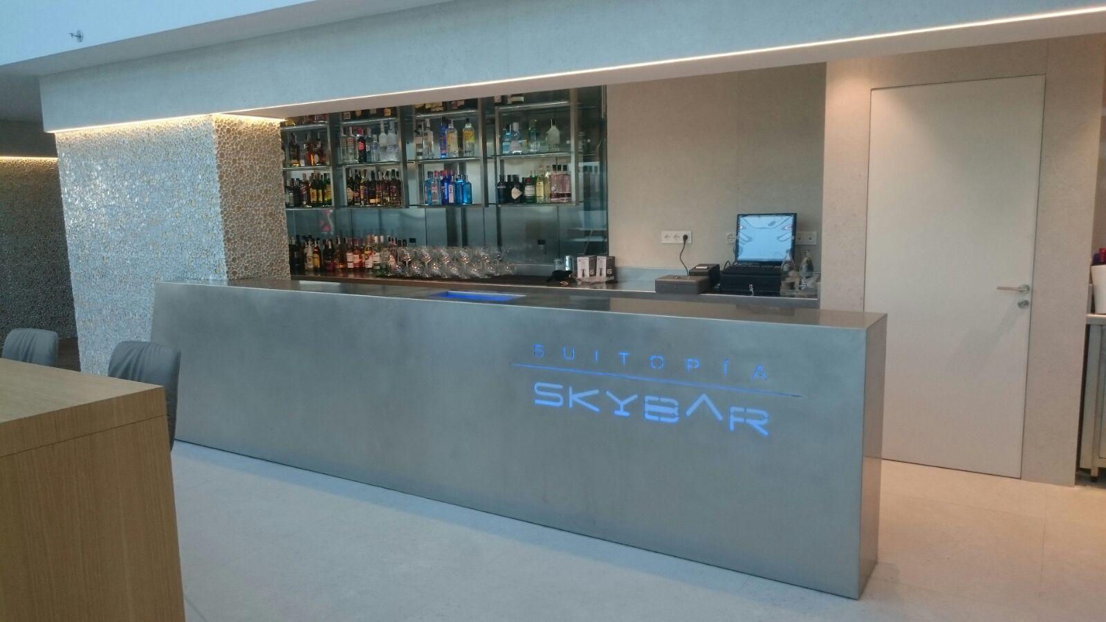 Dise o montaje barras terrazas azoteas hoteles restaurantes discotecas bares aceroinnova - Barras de bar de diseno ...