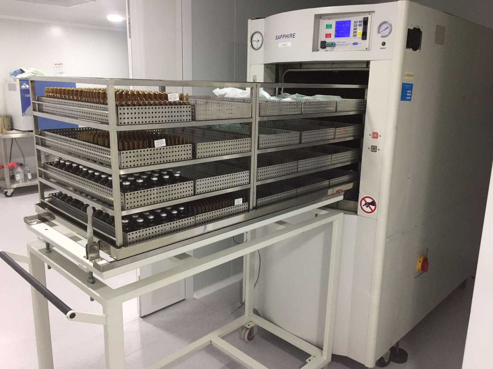 Mobiliario acero inoxidable laboratorio farmace tica for Muebles industriales madrid