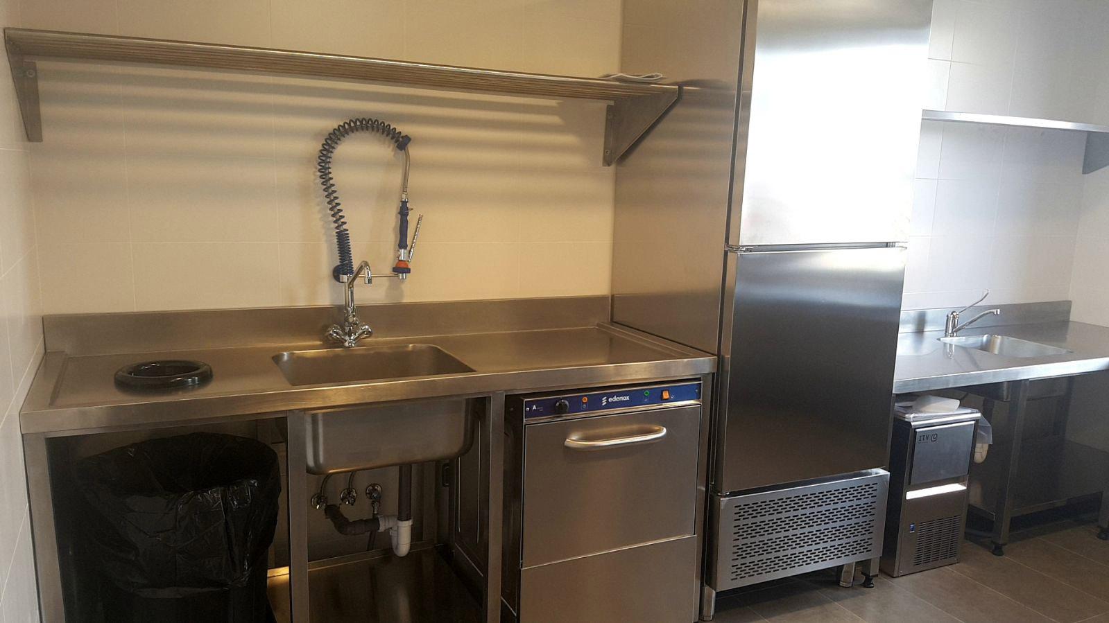 Dise o fabricaci n y montaje de cocina industrial del for Cocina hosteleria