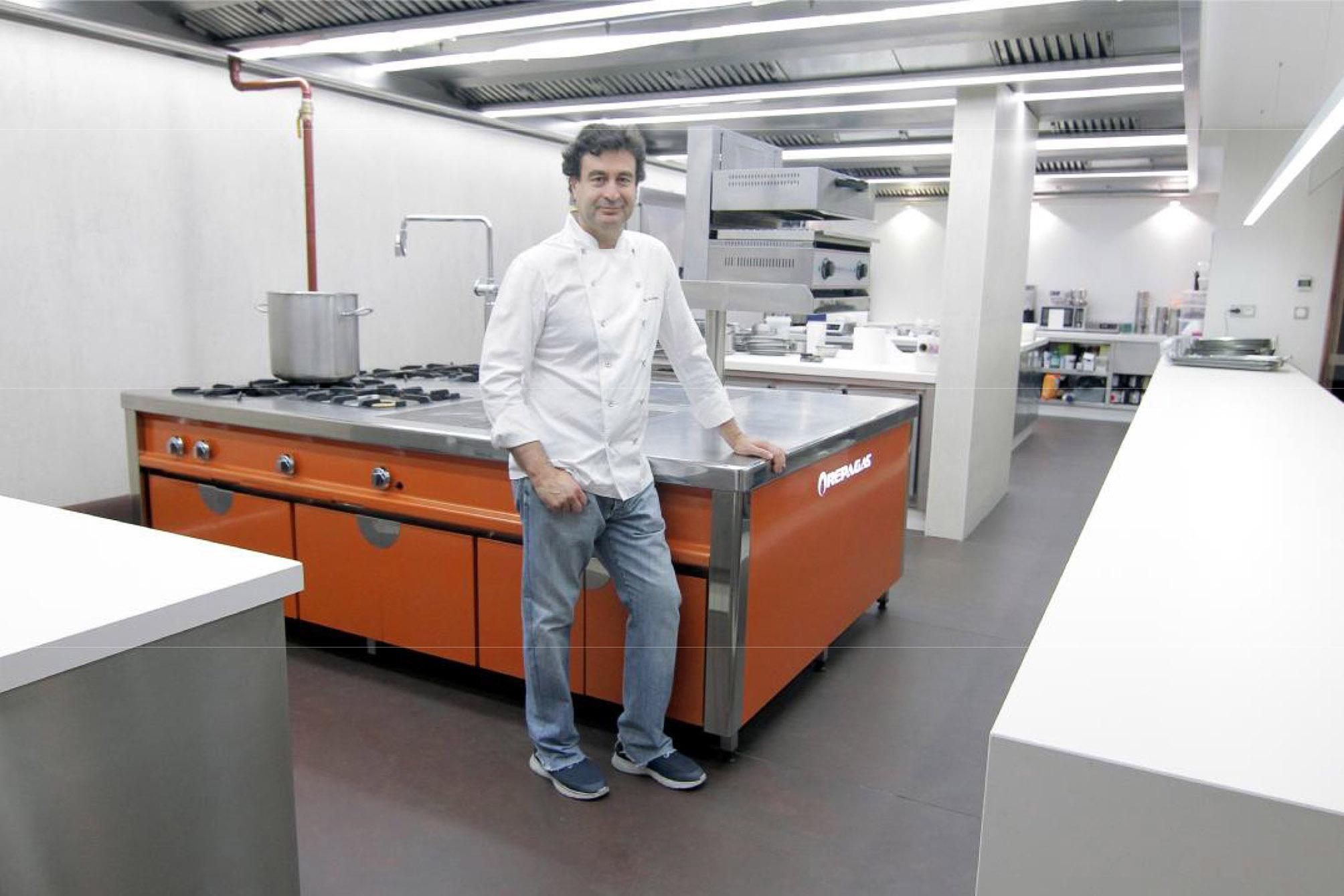 Noviembre 2017 aceroinnova fabricante fabricacion for Proyecto cocina restaurante