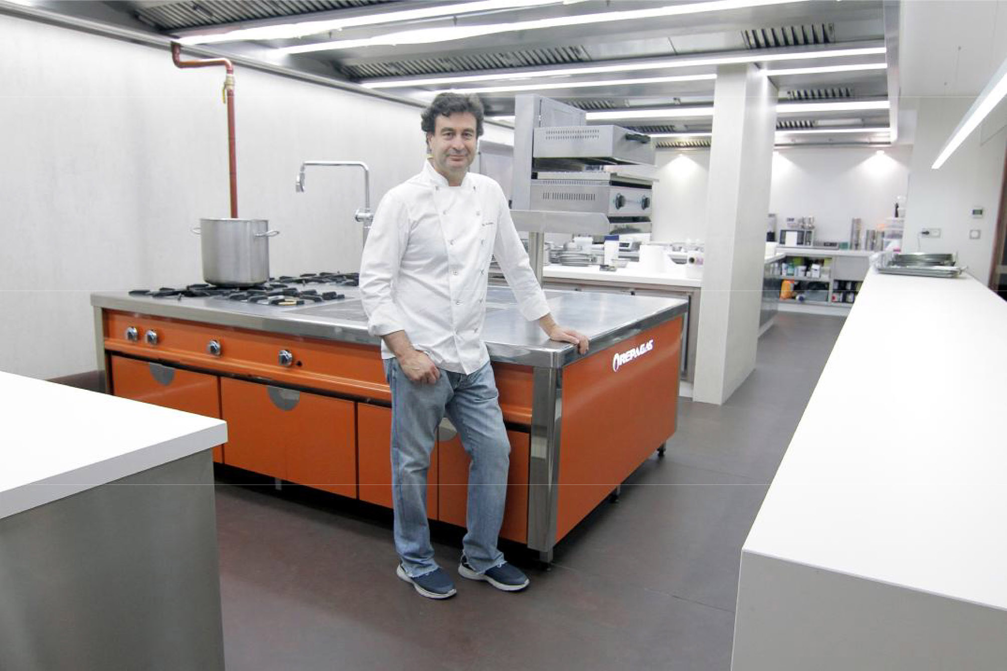 Noviembre 2017 aceroinnova fabricante fabricacion for Cocinas de acero inoxidable para restaurantes