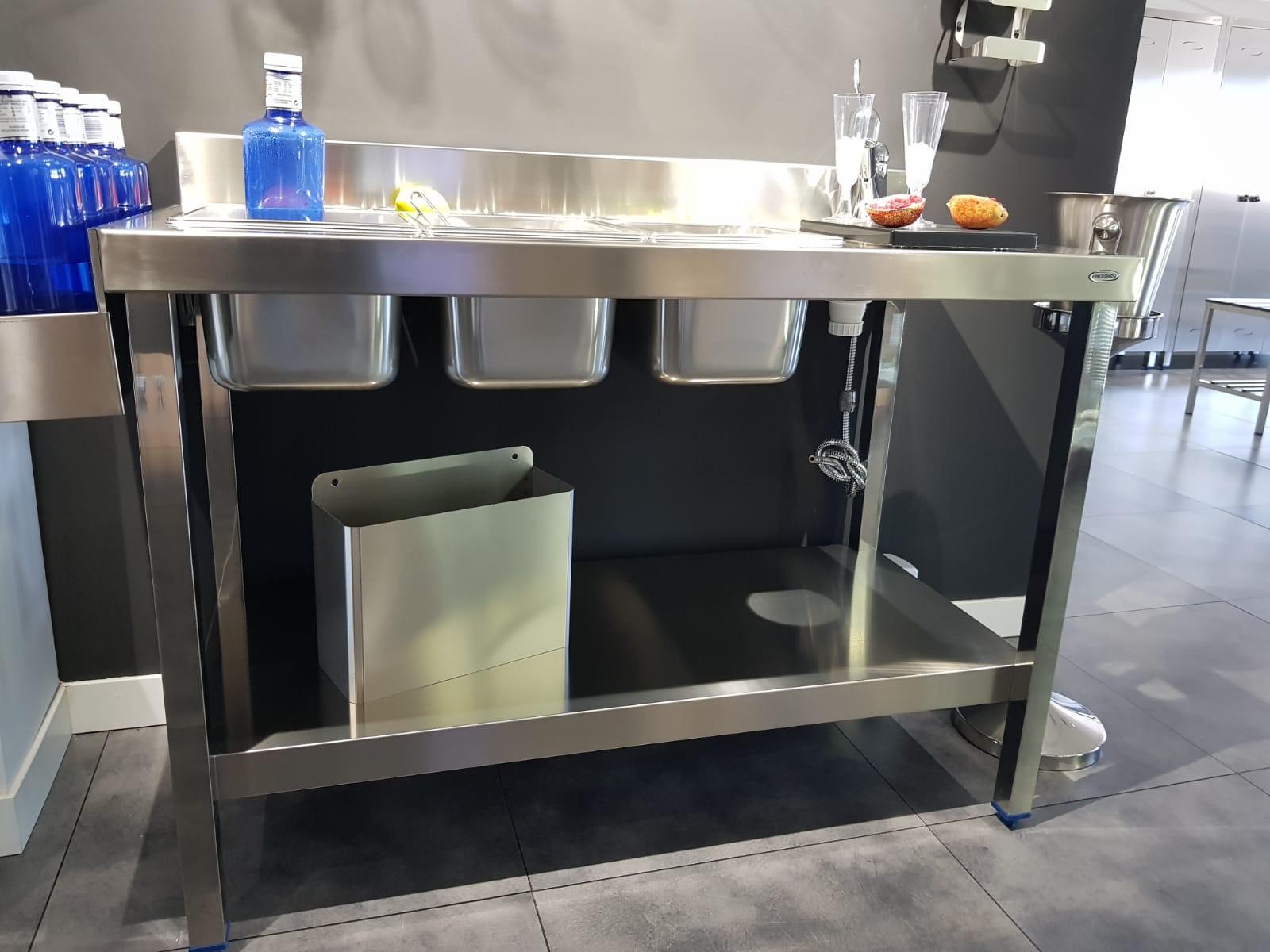 diseño fabricación fabricantes mobiliario maquinario accesorios acero inox acero inoxidable cocteleria cocktel instaladores instalación en toda españa madrid ofertas
