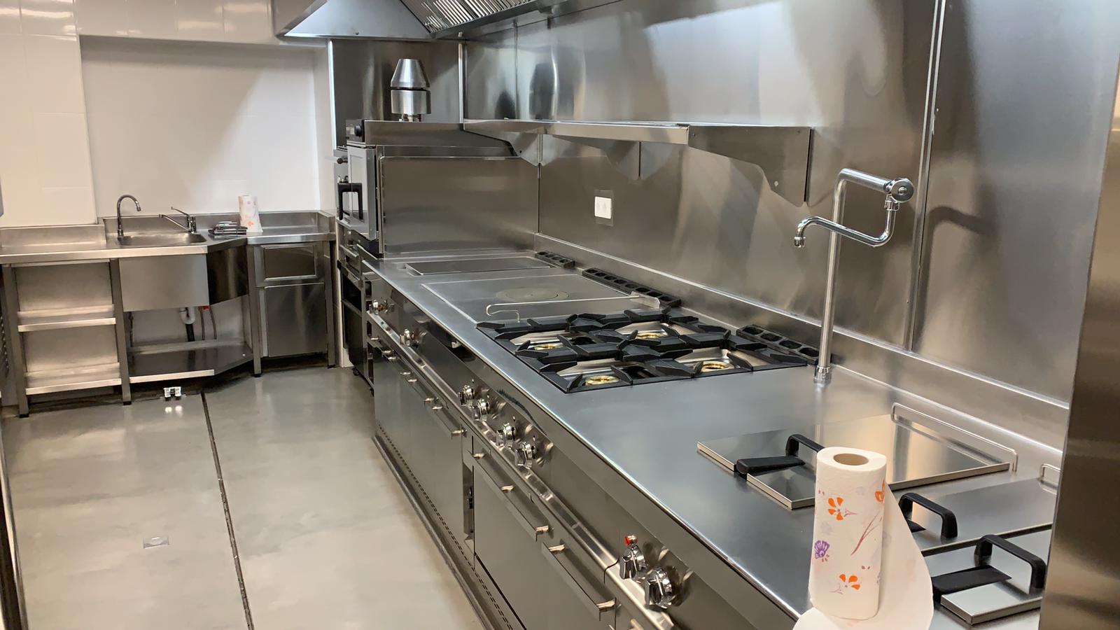 Dise o y fabricaci n integral del proyecto de la cocina y - Figuras de acero inoxidable ...
