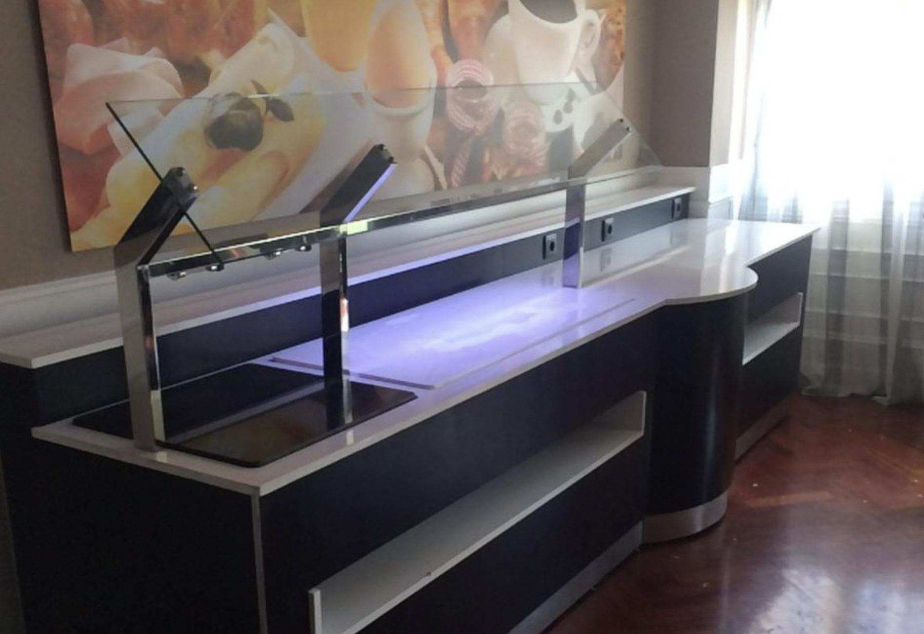 DISEÑO FABRICACIÓN INSTALACIÓN BUFFET BUFET BUFÉ DE DESAYUNOS PARA EL HOTEL LUXURY MADRID. PROYECTOS HOSTELEROS A MEDIDA DE MOBILIARIO EXCLUSIVO PARA HOSTELERIA HORECA. Aceroinnova ha realizado el buffet bufet bufé de desayunos del hotel Luxury en Madrid. Realizamos proyectos de hosteleria horeca para hoteles, restaurante, bares, comedores de empresas colegios o universidades, discotecas, etc. Disponemos de un servicio integral que cubrirá todas sus expectivas de éxito de su negocio hostelero hotelero. Disponemos de fabrica propia donde desarrollar todo su proyecto, ya sea de mobiliario, maquinaria, accesorios, menaje, etc. Realizamos bufés para hoteles, restaurantes y empresas con un diseño personalizado y con todos los elementos para transmitir la mejor imagen empresarial en cada público objetivo. Además, realizamos todo el proyecto en 3D en infografía para que pueda percibir el resultado final que llevarán a cabo nuestros instaladores propios en cualquier parte de España y Portugal.